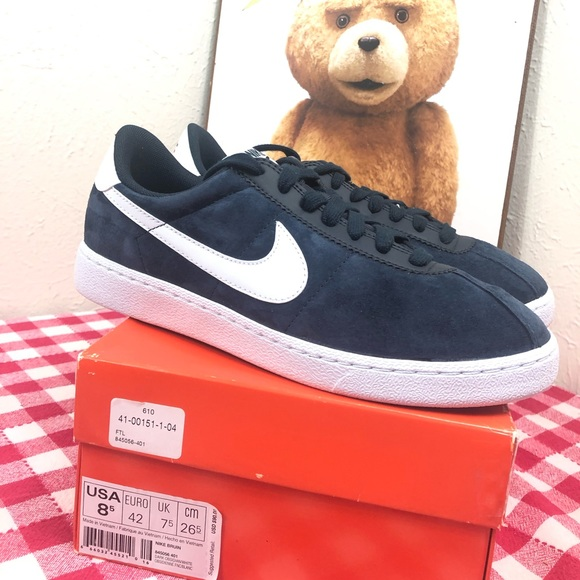 aee3d331b87a Nike Bruin 845056 401 navy suede